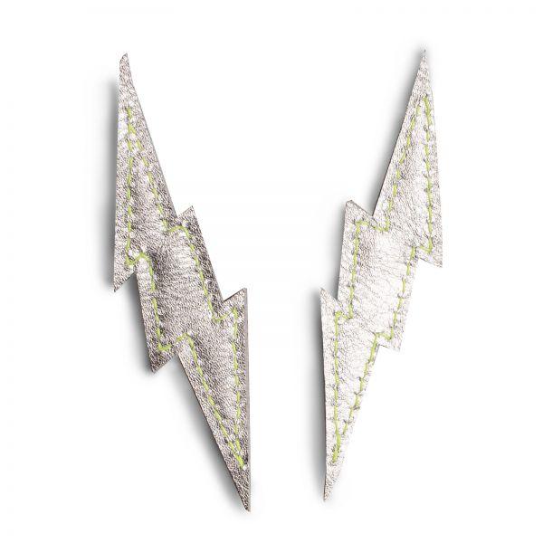 EARRING FLASH FIX, Ohrringe in Blitzform, silber matt mit Edelstahlstecker mittig angebracht